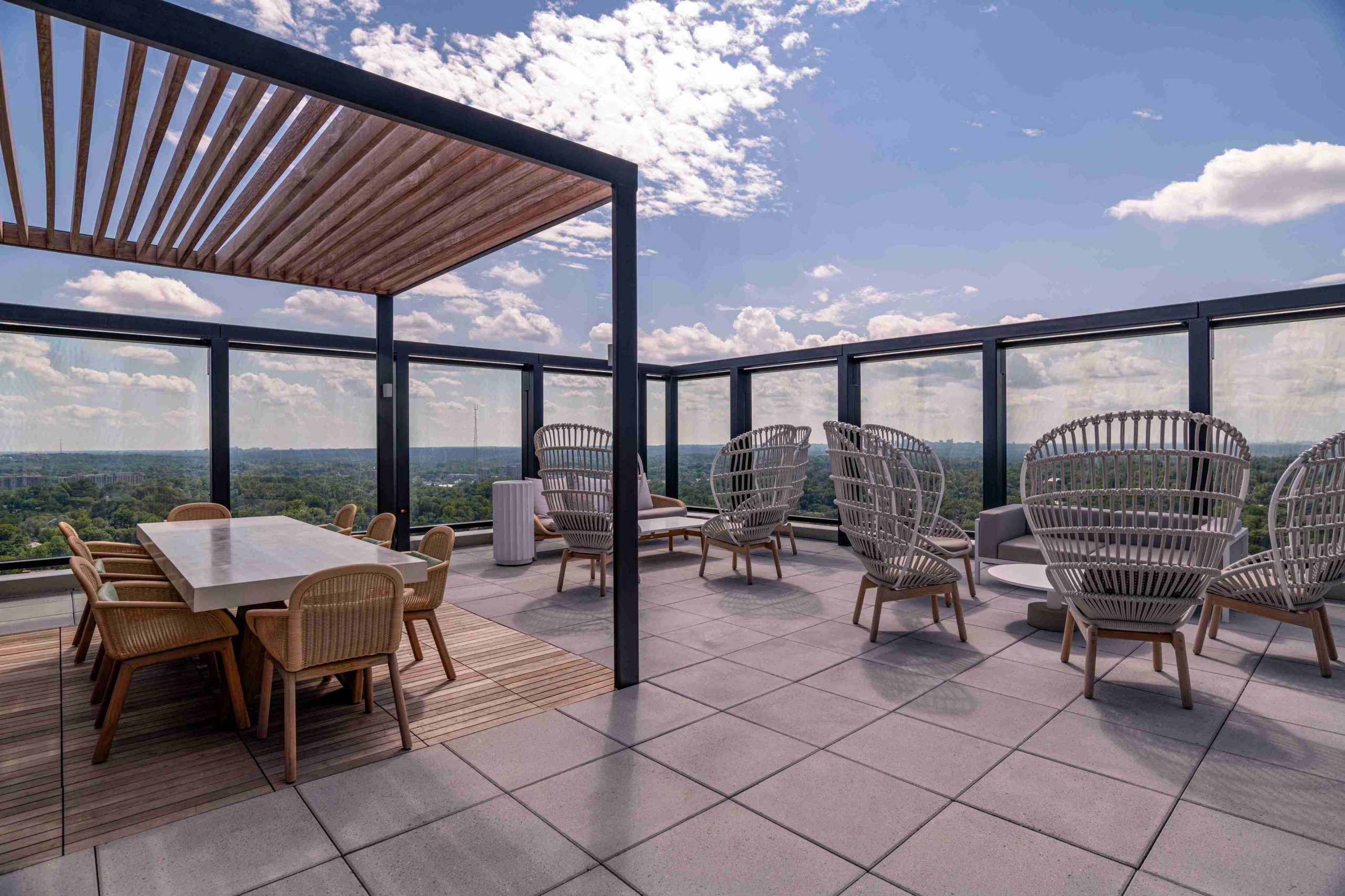 Ample space to relax and unwind in on this spacious outdoor rooftop.