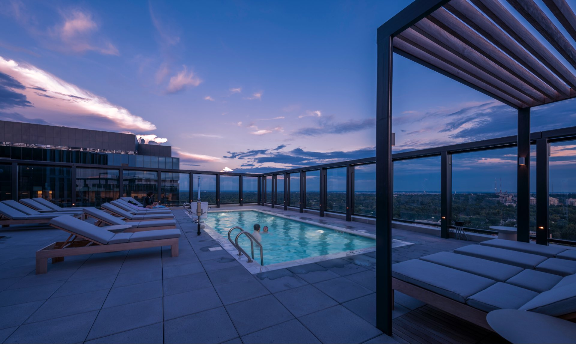 With panoramic views to enjoy sweeping sunset moments on the rooftop.